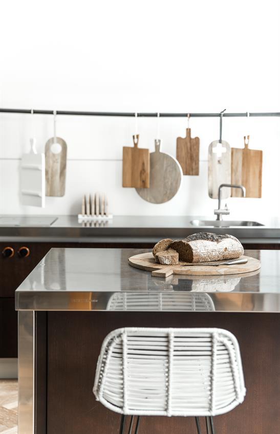 hk-living-broodplank-teak-hout-rond-hav0005-keuken-modern