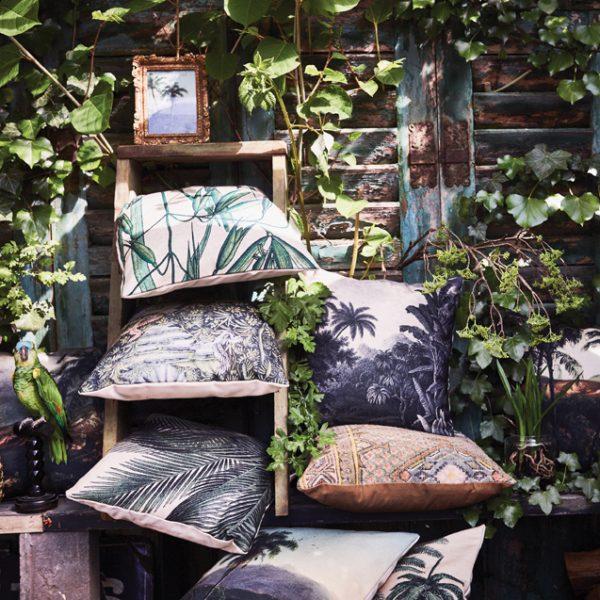 HKliving-sierkussen-tropisch-eiland-pal-bladeren-TKU2012-palmbomen-geprint