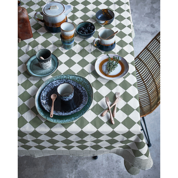 hkliving-seventies-mok-beker-servies-borden