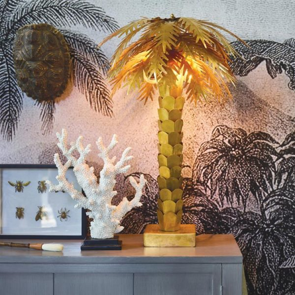 hkliving-tafellamp-palmboom-goud-sfeerfoto