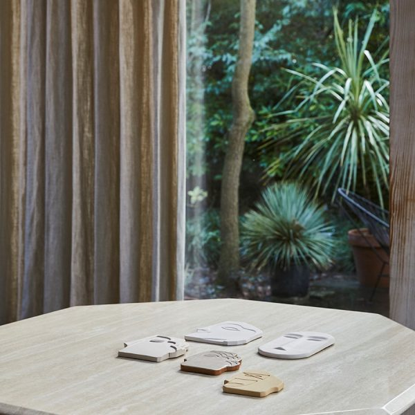 HKliving-face-wall-ornament-mat-creme-aardewerk-handgemaakt-afrikaans-masker-AWD8883
