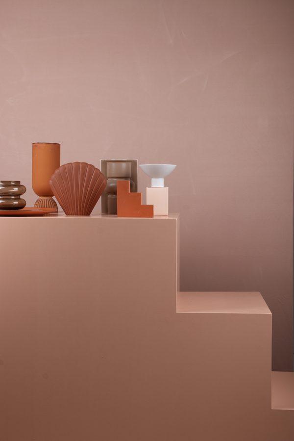 mold shape flower vase M matt mocha-27901