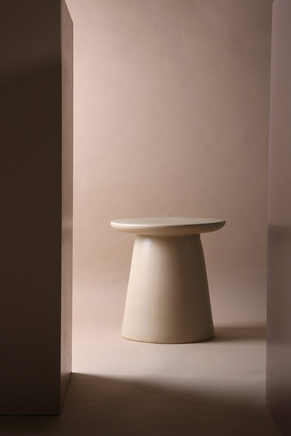 Hkliving side table earthenware-28589