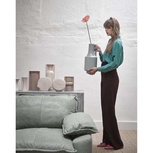 flower vase L matt skin