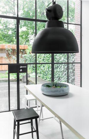 HKliving-sfeerfoto-hanglamp-factory-medium-vaa4022